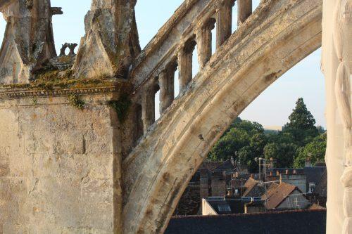 Petit zoom sur la restauration de l'église Notre-Dame des Marais