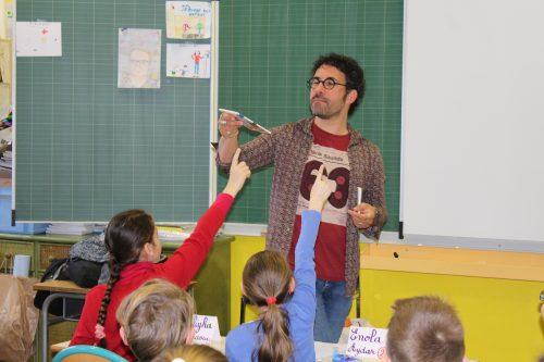 Les auteurs en milieu scolaire : toujours un succès !