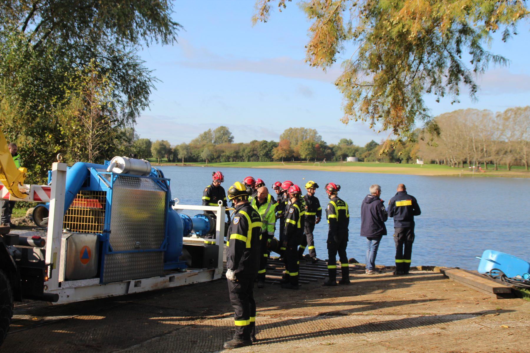La sécurité civile en exercice sur le plan d'eau